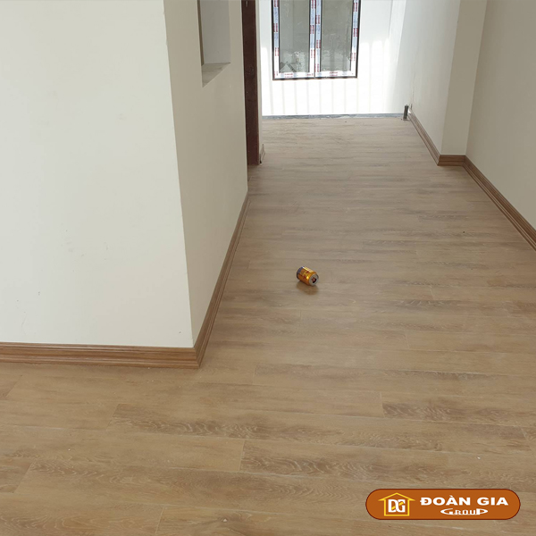 ky-su-cong-trinh-su-dung-doan-gia-floor-cot-hdf-made-in-malaysia-dg8002-ngay-4-10-2018-tai-cau-trung-luong-tp-da-nang