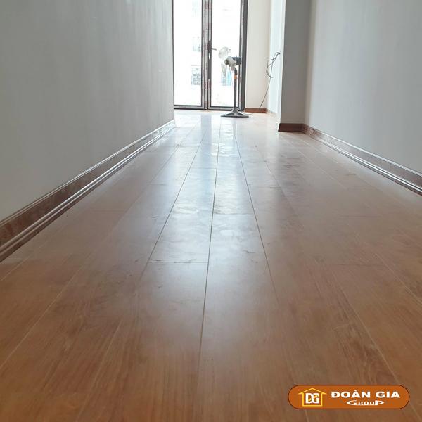 ky-su-cong-trinh-su-dung-doan-gia-floor-cot-hdf-made-in-malaysia-dg8005-ngay-3-10-2018-tai-hoa-xuan-tp-da-nang-4